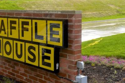 Police: Mississippi mom ate at Waffle House with children locked in U-Haul